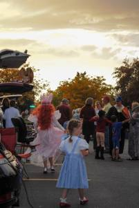 photo of Trunk or Treat Sabbath Food Truck Fun by Carolyn Blackhurst
