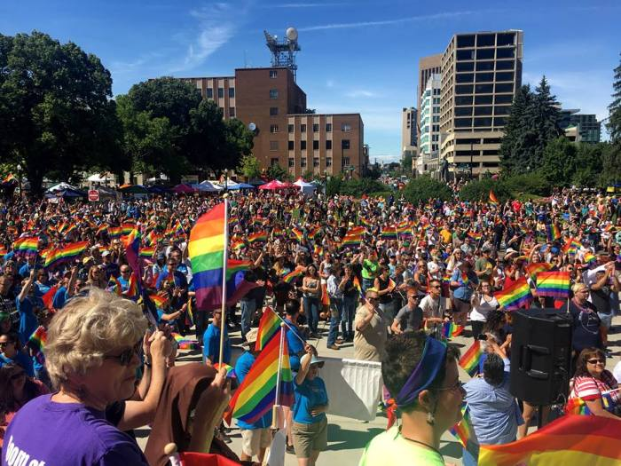 pride crowd2017.jpg